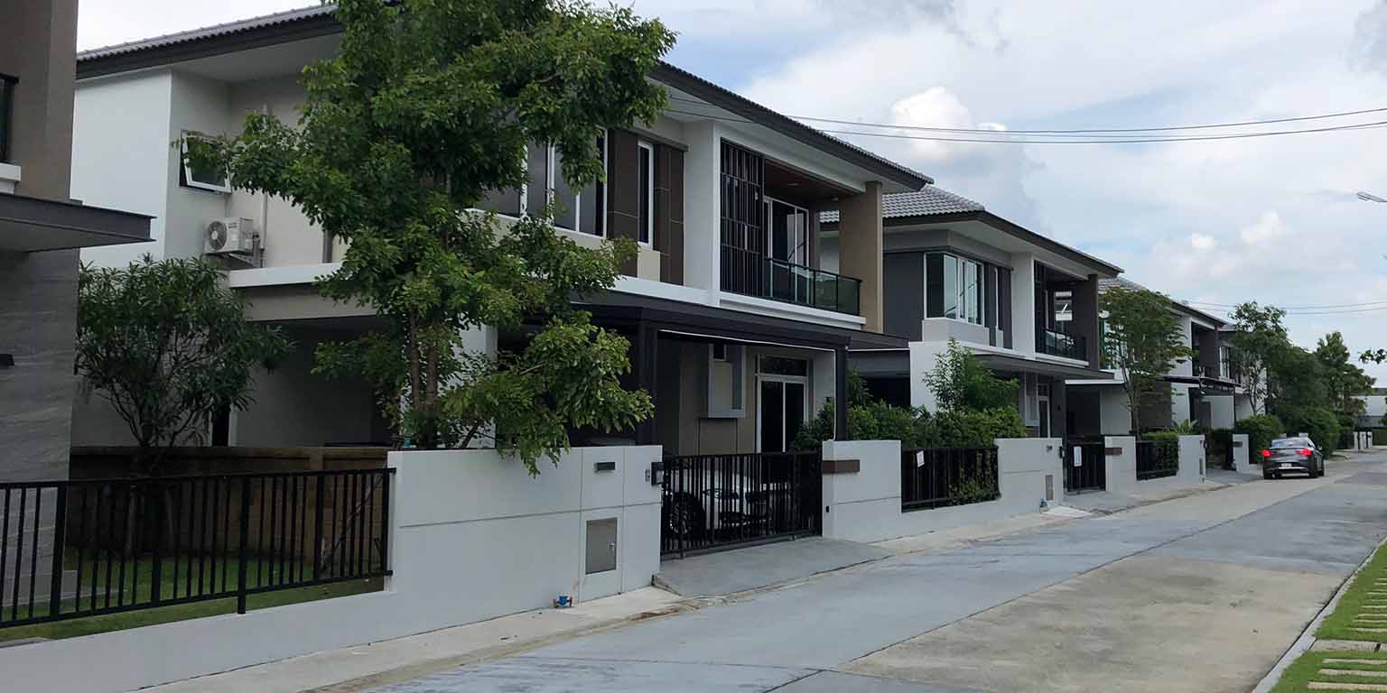 เลือกซื้อบ้านใหม่ในโครงการ